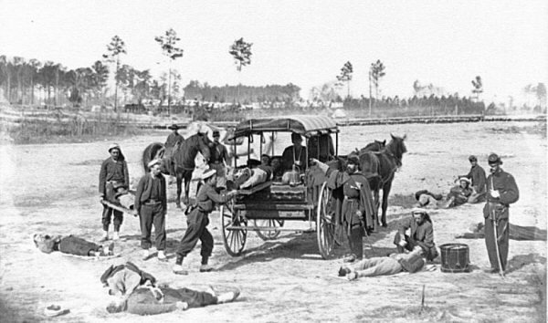 Civil-War-ambulance-crew